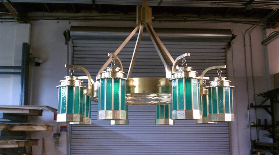 14-custom-chandelier-with-custom-lanterns-side-view